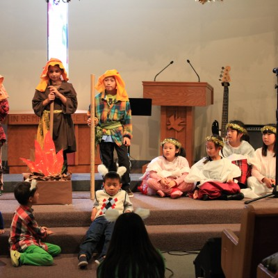 Chinese Community Church of South Bay - Children performing at Christmas Celebration 2014